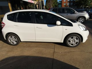 2010 Honda Jazz GLi White 5 Speed Manual Hatchback.