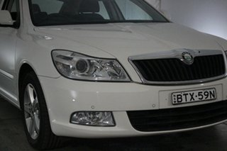 2010 Skoda Octavia 1Z MY11 103TDI DSG White 6 Speed Sports Automatic Dual Clutch Liftback.