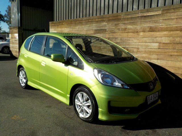 Used Honda Jazz GE MY12 VTi, 2012 Honda Jazz GE MY12 VTi Green 5 Speed Manual Hatchback