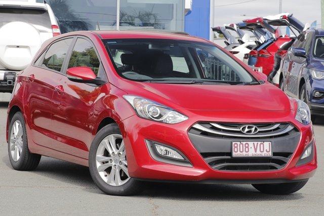 Used Hyundai i30 GD2 MY14 SE, 2014 Hyundai i30 GD2 MY14 SE Brilliant Red 6 Speed Sports Automatic Hatchback