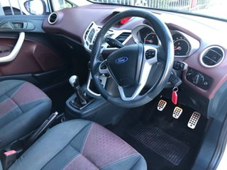 2009 Ford Fiesta WS Zetec White 5 Speed Manual Hatchback.