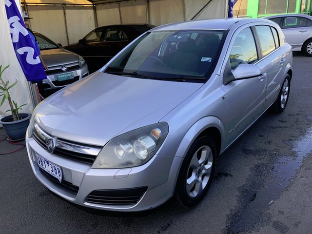 Used Holden Astra AH MY06 CDX, 2006 Holden Astra AH MY06 CDX Silver 4 Speed Automatic Hatchback