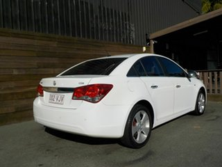 2010 Holden Cruze JG CDX White 6 Speed Sports Automatic Sedan.