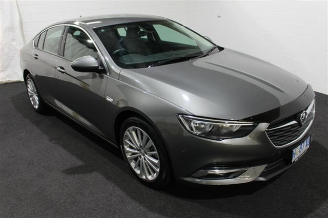 Used Holden Calais ZB MY18 Liftback, 2018 Holden Calais ZB MY18 Liftback Cosmic Grey 9 Speed Sports Automatic Liftback