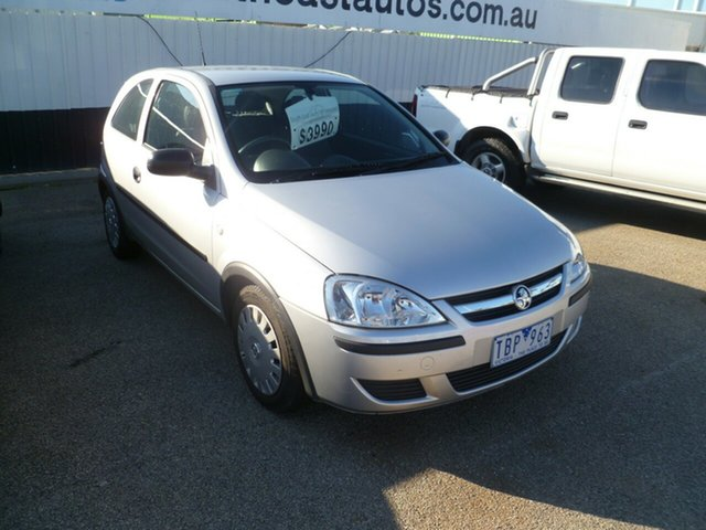 Used Holden Barina XC MY04.5 , 2004 Holden Barina XC MY04.5 Silver 5 Speed Manual Hatchback