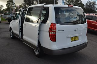 2010 Hyundai iMAX TQ-W White 4 Speed Automatic Wagon