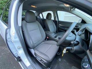 2016 Holden Commodore VF II MY16 Evoke White 6 Speed Sports Automatic Sedan