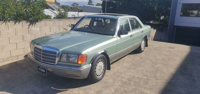 Used Mercedes-Benz 300 W126 SE, 1988 Mercedes-Benz 300 W126 SE Willow Green 4 Speed Automatic Sedan