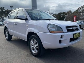 2009 Hyundai Tucson City - SX White Manual Wagon.