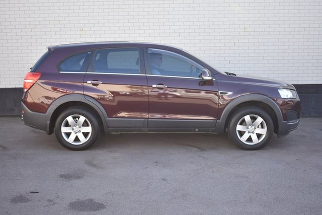 Used Holden Captiva CG MY14 7 LS, 2014 Holden Captiva CG MY14 7 LS Maroon 6 Speed Sports Automatic Wagon