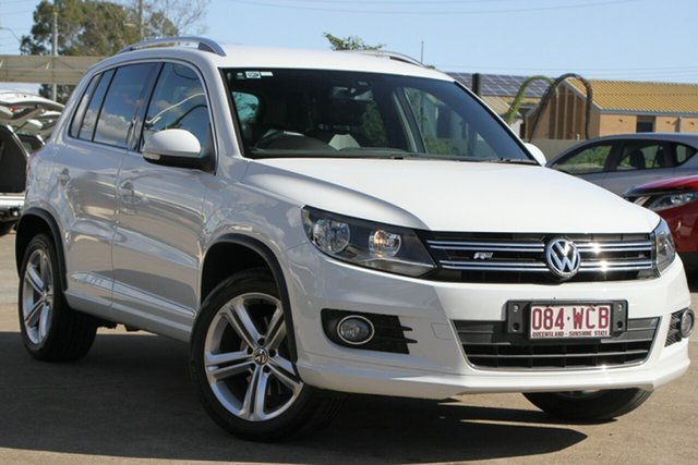 Used Volkswagen Tiguan 5N MY15 155TSI DSG 4MOTION R-Line, 2015 Volkswagen Tiguan 5N MY15 155TSI DSG 4MOTION R-Line Pure White 7 Speed