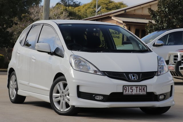 Used Honda Jazz GE MY13 VTi, 2013 Honda Jazz GE MY13 VTi White 5 Speed Automatic Hatchback