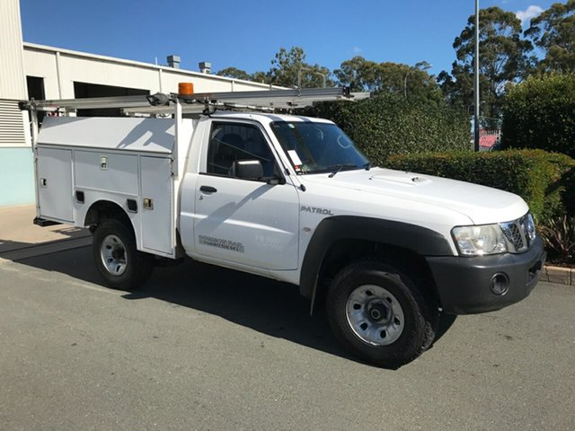 Used Nissan Patrol GU 6 Series II DX, 2012 Nissan Patrol GU 6 Series II DX White 5 speed Manual Cab Chassis
