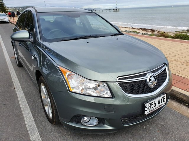 Used Holden Cruze JH Series II MY13 Equipe, 2013 Holden Cruze JH Series II MY13 Equipe Gold 6 Speed Sports Automatic Hatchback