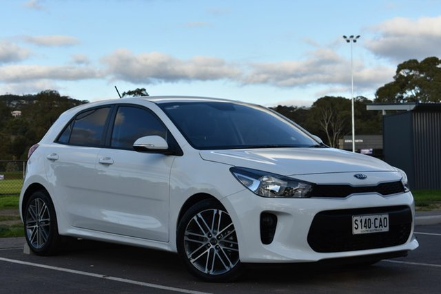 Used Kia Rio YB MY20 Sport, 2019 Kia Rio YB MY20 Sport White 6 Speed Automatic Hatchback