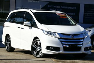 2016 Honda Odyssey RC MY16 VTi-L White Orchid Continuous Variable Wagon.