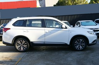 2019 Mitsubishi Outlander ZL MY20 ES 7 Seat (AWD) White Continuous Variable Wagon