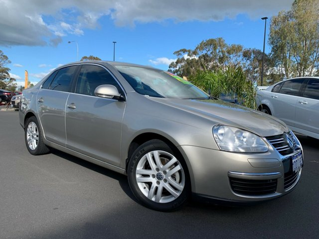 Used Volkswagen Jetta 1KM MY07 FSI Tiptronic Bunbury, 2007 Volkswagen Jetta 1KM MY07 FSI Tiptronic Gold 6 Speed Sports Automatic Sedan