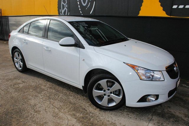 Used Holden Cruze JH Series II MY13 Equipe, 2013 Holden Cruze JH Series II MY13 Equipe Polar White 6 Speed Sports Automatic Sedan
