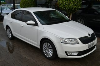 2016 Skoda Octavia NE MY16 Ambition Sedan 110TSI White 6 Speed Manual Liftback.