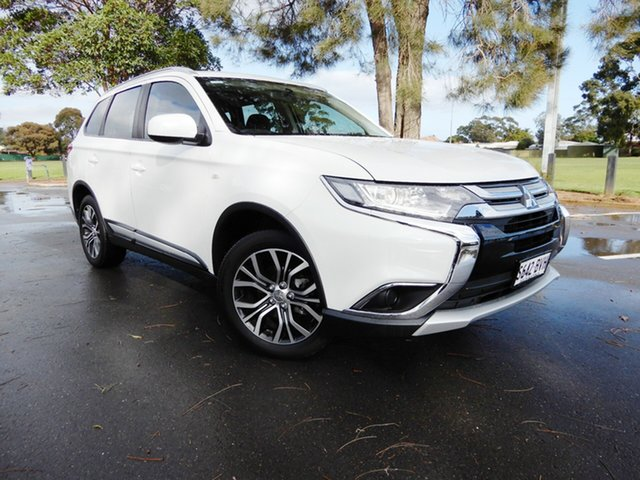 Used Mitsubishi Outlander ZL MY18.5 ES AWD, 2017 Mitsubishi Outlander ZL MY18.5 ES AWD White 6 Speed Constant Variable Wagon