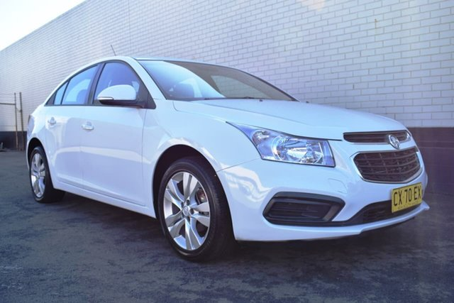 Used Holden Cruze JH Series II MY15 Equipe, 2015 Holden Cruze JH Series II MY15 Equipe White 6 Speed Sports Automatic Sedan