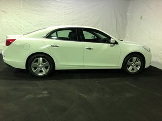 2016 Holden Malibu V300 MY15 CD Summit White 6 Speed Sports Automatic Sedan.