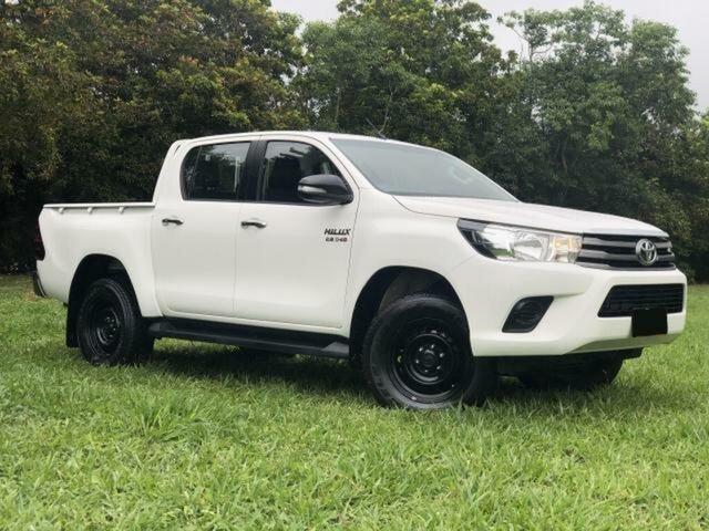 Used Toyota Hilux GUN126R SR (4x4), 2016 Toyota Hilux GUN126R SR (4x4) Glacier White 6 Speed Manual Dual Cab Utility