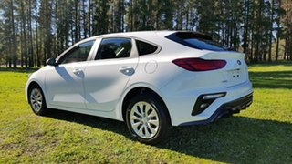 2020 Kia Cerato BD MY20 S Clear White 6 Speed Automatic Hatchback