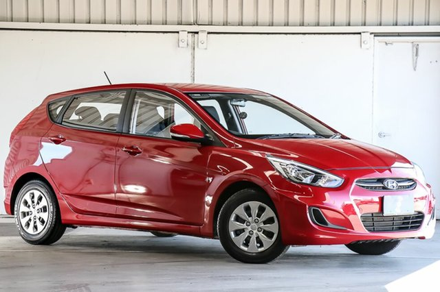 Used Hyundai Accent RB4 MY17 Active, 2016 Hyundai Accent RB4 MY17 Active Red 6 Speed Constant Variable Hatchback