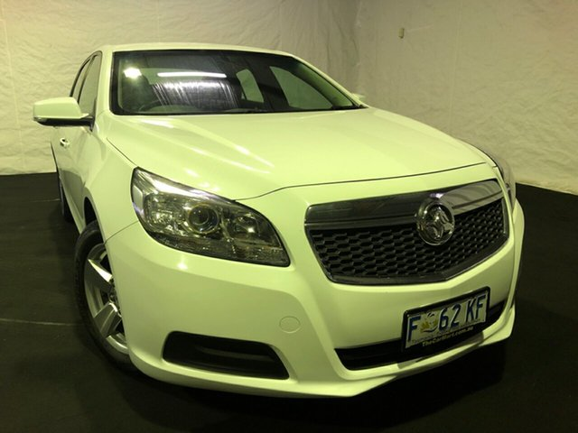 Used Holden Malibu V300 MY15 CD, 2016 Holden Malibu V300 MY15 CD Summit White 6 Speed Sports Automatic Sedan