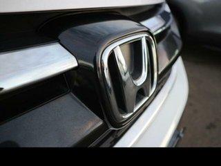2016 Honda CR-V 30 Series 2 MY17 VTi (4x2) White 5 Speed Automatic Wagon