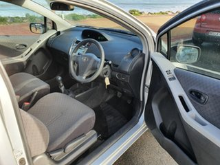 2011 Toyota Yaris NCP130R YR Silver 5 Speed Manual Hatchback