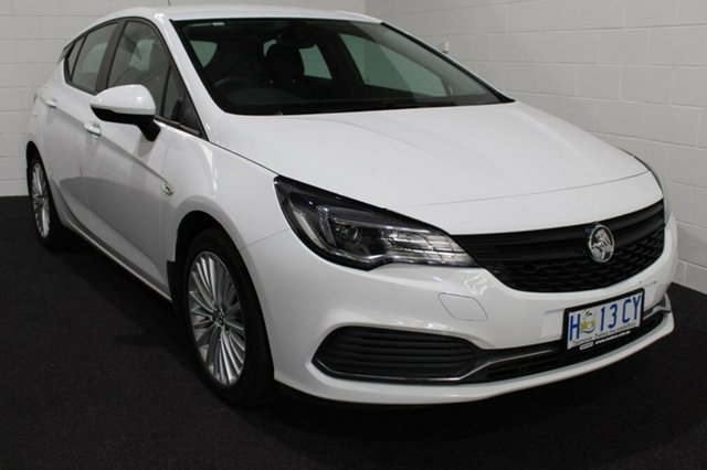 Used Holden Astra BK MY18.5 R, 2018 Holden Astra BK MY18.5 R Summit White 6 Speed Sports Automatic Hatchback