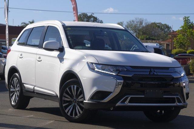 Used Mitsubishi Outlander ZL MY19 ES AWD, 2019 Mitsubishi Outlander ZL MY19 ES AWD White 6 Speed Wagon