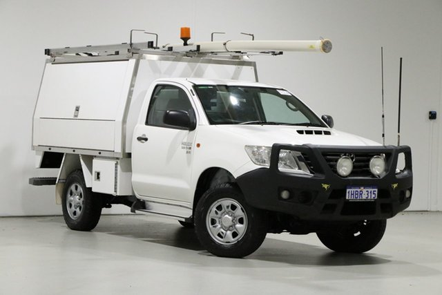 Used Toyota Hilux KUN26R MY14 SR (4x4), 2013 Toyota Hilux KUN26R MY14 SR (4x4) White 5 Speed Manual Cab Chassis