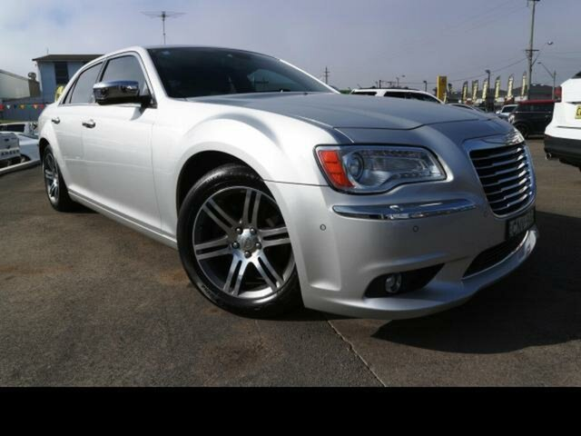 Used Chrysler 300C LE MY08 3.5 V6, 2012 Chrysler 300C LE MY08 3.5 V6 Silver 5 Speed Automatic Sedan