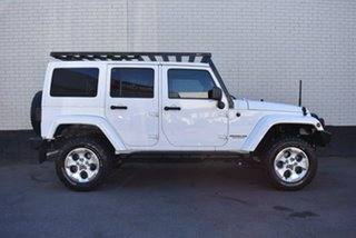 2012 Jeep Wrangler JK MY2013 Overland White 5 Speed Automatic Hardtop