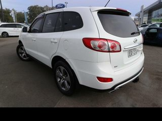 2012 Hyundai Santa Fe CM MY12 Trail CRDi (4x4) White 6 Speed Automatic Wagon.