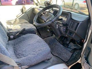 1993 Mazda E2000 Winnebago White Manual Motor Home