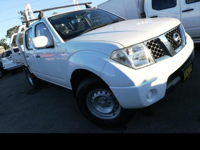Used Nissan Navara D40 MY12 RX (4x4), 2012 Nissan Navara D40 MY12 RX (4x4) White 5 Speed Automatic Dual Cab Chassis