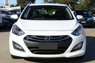 2014 Hyundai i30 GD MY14 Trophy White 6 Speed Manual Hatchback