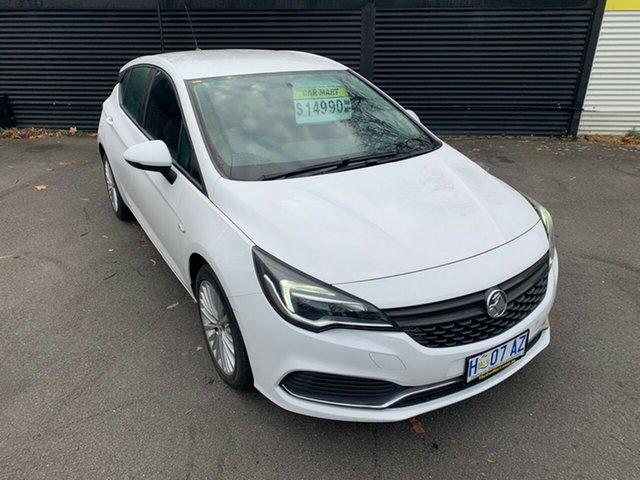 Used Holden Astra BK MY17 R, 2017 Holden Astra BK MY17 R Summit White 6 Speed Manual Hatchback