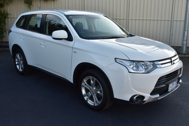 Used Mitsubishi Outlander ZJ MY14.5 ES 2WD, 2014 Mitsubishi Outlander ZJ MY14.5 ES 2WD White 6 Speed Constant Variable Wagon