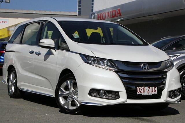 Demo Honda Odyssey RC MY20 VTi, 2019 Honda Odyssey RC MY20 VTi Platinum White 7 Speed Wagon