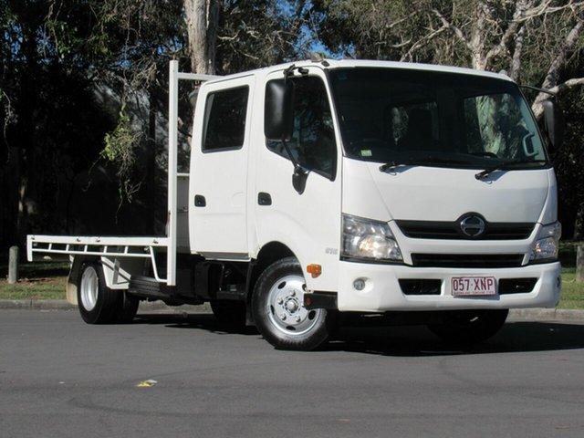 Used Hino 300  , 2013 Hino 300 White TRUCK CABNCHA