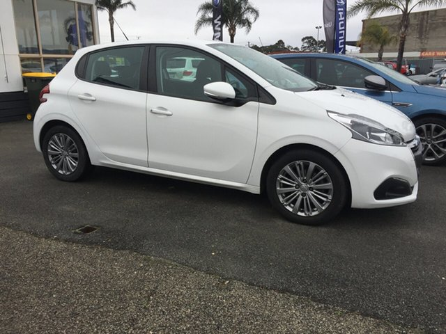 Used Peugeot 208 A9 MY17 Active, 2017 Peugeot 208 A9 MY17 Active White 6 Speed Automatic Hatchback