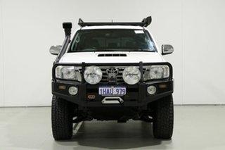2013 Toyota Hilux KUN26R MY12 SR5 (4x4) White 5 Speed Manual Dual Cab Pick-up.