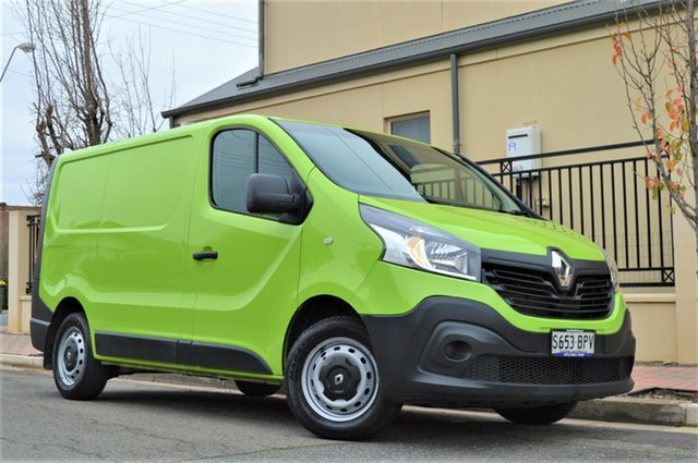 Used Renault Trafic X82 66KW Low Roof SWB, 2016 Renault Trafic X82 66KW Low Roof SWB Green 6 Speed Manual Van