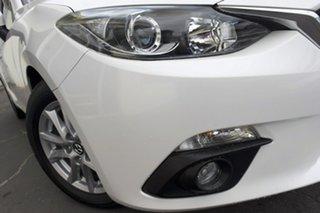 2015 Mazda 3 BM5478 Maxx SKYACTIV-Drive White 6 Speed Sports Automatic Hatchback.
